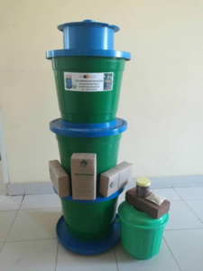 Bioclean and grow composter